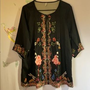 Miss look black tunic with flamingos